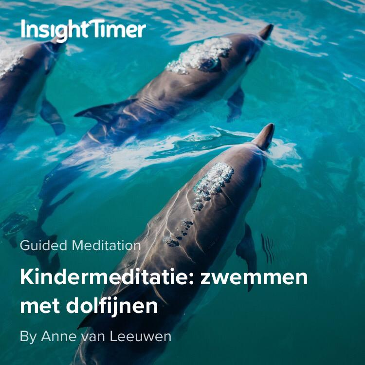 Kindermeditatie zwemmen met dolfijnen